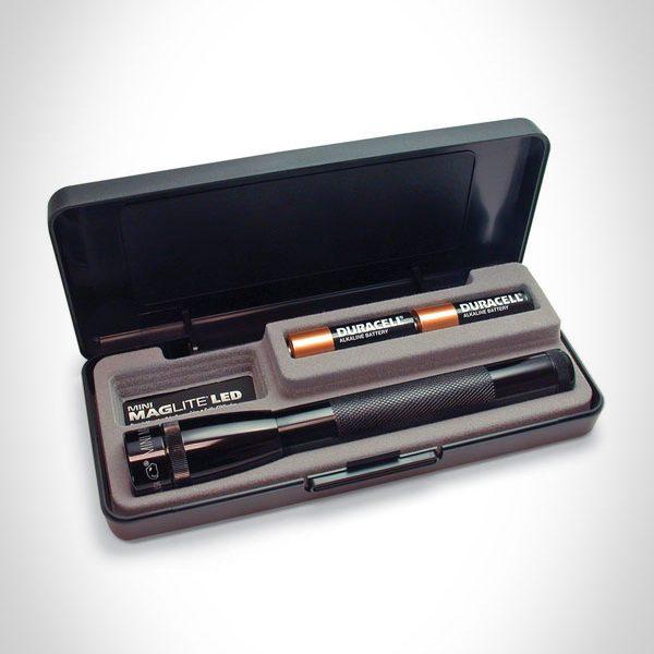Mini Mag-Lite LED AA with Gift Box