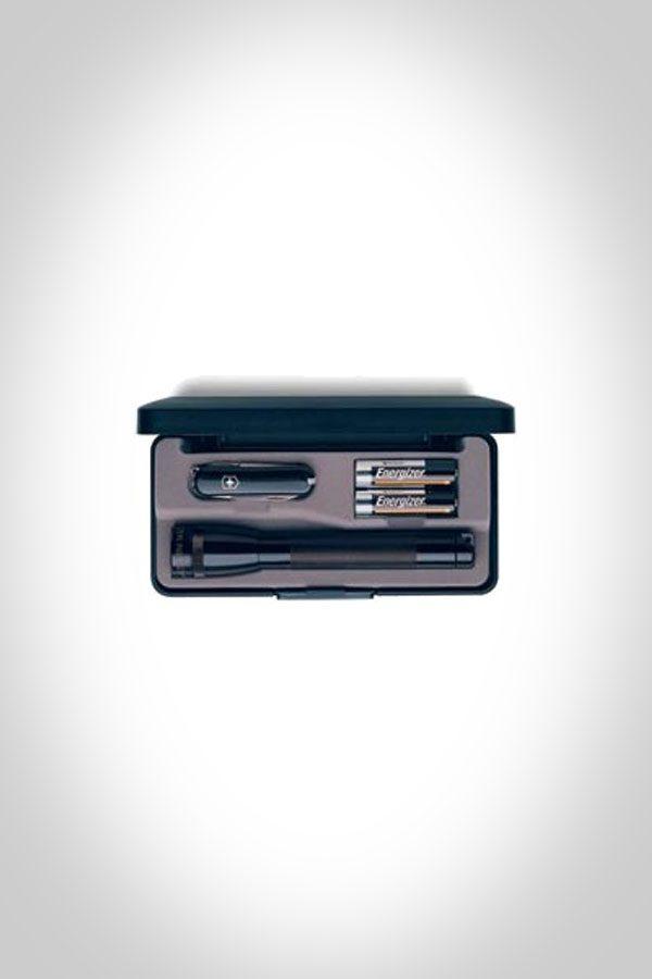 Mini Mag-Lite AA with Swiss Army Knife